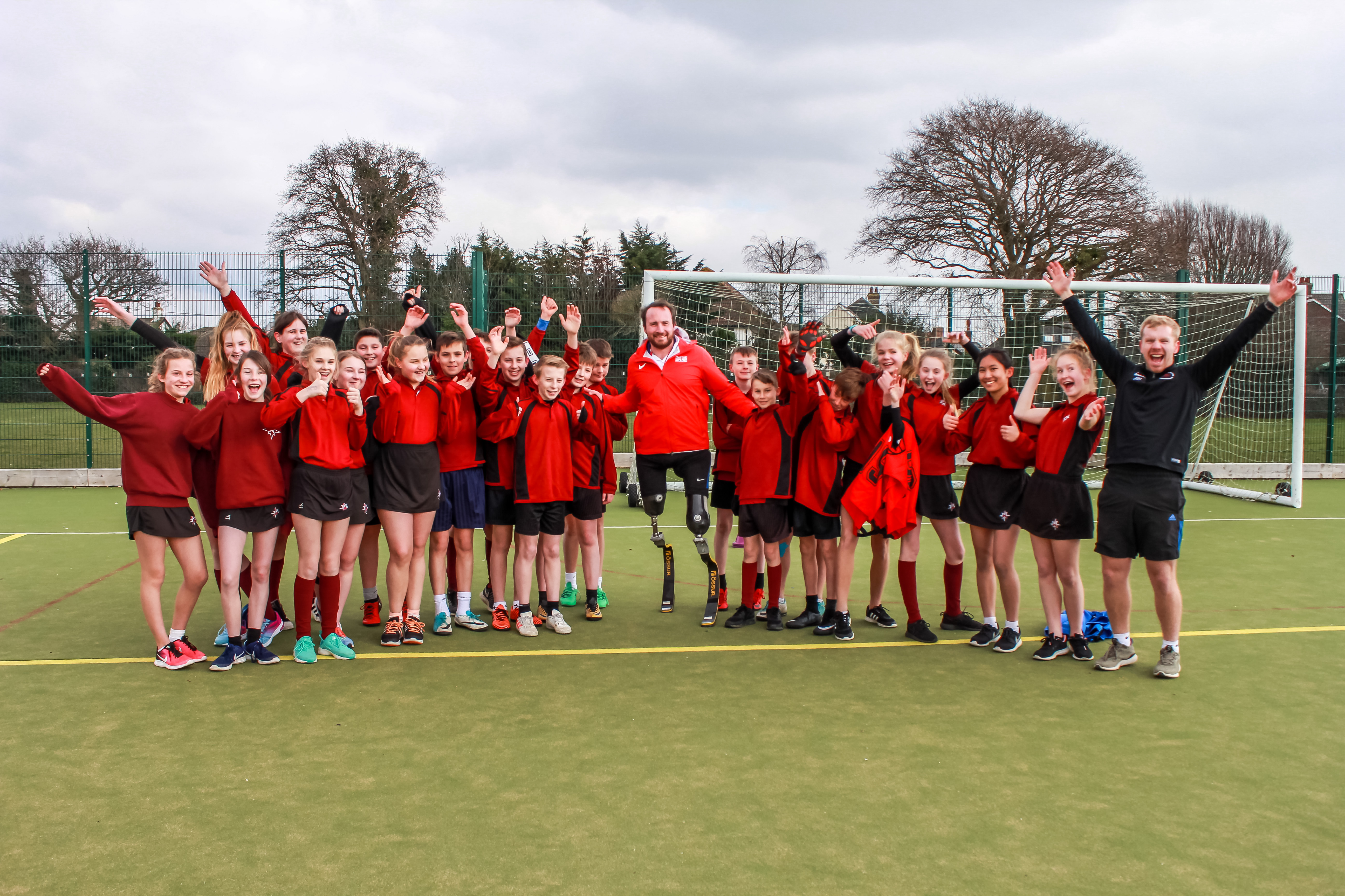 Students enjoy running workshop with para-athlete Luke Sinnott